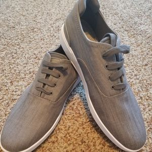 Mens Gray Steve Madden Shoes Size 9 1/2